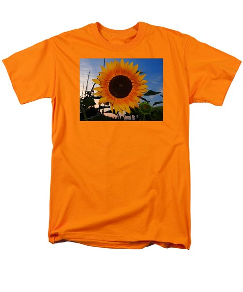 Sunflower In The Evening Men's T-Shirt  (Regular Fit) by Ernst Dittmar
