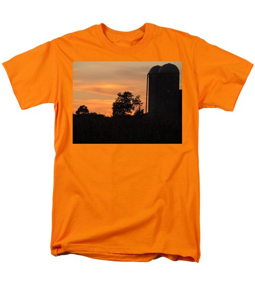 Men's T-Shirt  (Regular Fit) featuring the photograph Sunset On The Farm by Teresa Schomig