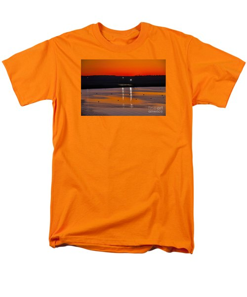 Men's T-Shirt  (Regular Fit) featuring the photograph Sunset Over Lake Texoma by Diana Mary Sharpton