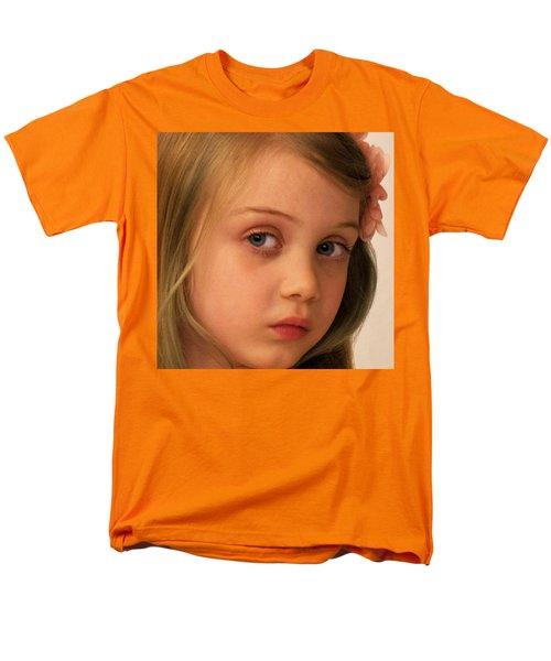 Men's T-Shirt  (Regular Fit) featuring the photograph The Look by Stephen Flint