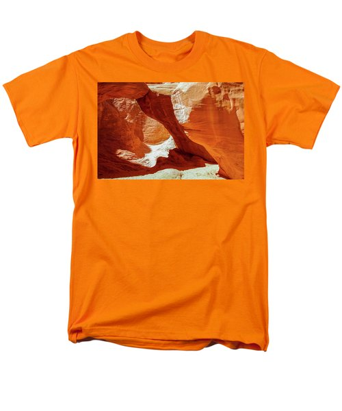 Utah Arches Men's T-Shirt  (Regular Fit) by Jim Mathis
