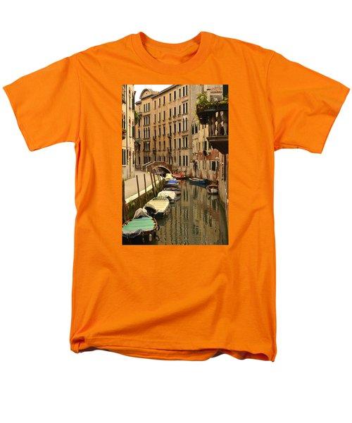 Men's T-Shirt  (Regular Fit) featuring the photograph Venice Street Scene 2 by Richard Ortolano