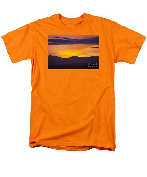 Vermont Sunset Men's T-Shirt  (Regular Fit) by Diane Diederich