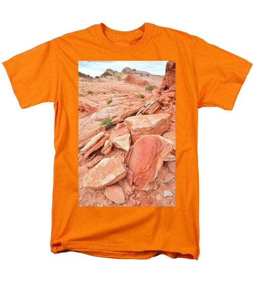 Men's T-Shirt  (Regular Fit) featuring the photograph Wash 4 Color In Valley Of Fire by Ray Mathis