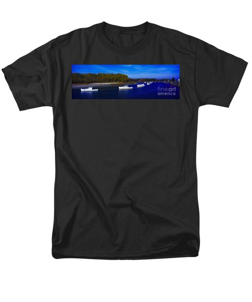 Kennnepunkport Harbor  Maine  Men's T-Shirt  (Regular Fit) by Tom Jelen