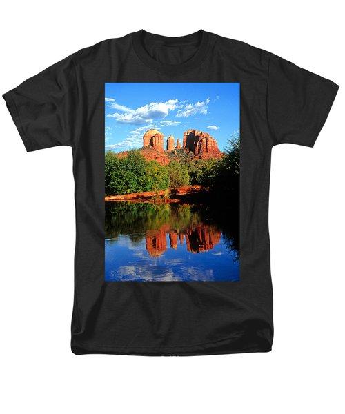 0464 Sedona Arizona Men's T-Shirt  (Regular Fit) by Steve Sturgill