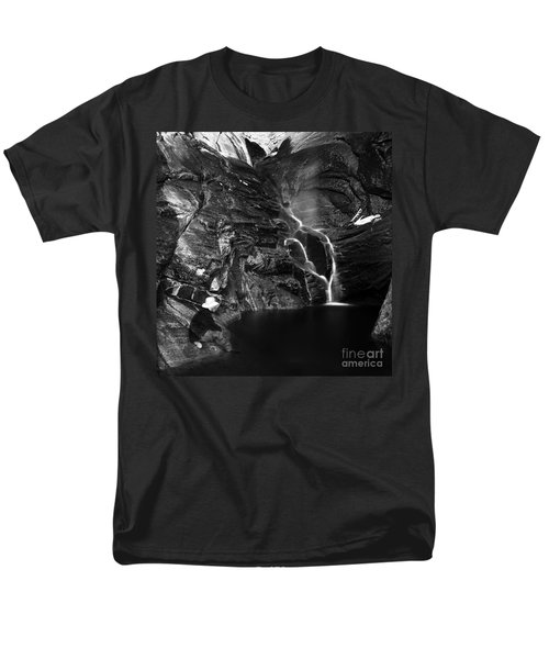 At Waters Edge Men's T-Shirt  (Regular Fit) by Christian Slanec