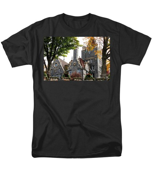 Boldt Castle Men's T-Shirt  (Regular Fit) by Tony Cooper