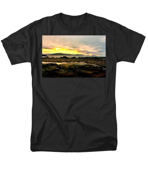 Men's T-Shirt  (Regular Fit) featuring the photograph Kaikoura Coast New Zealand by Amanda Stadther