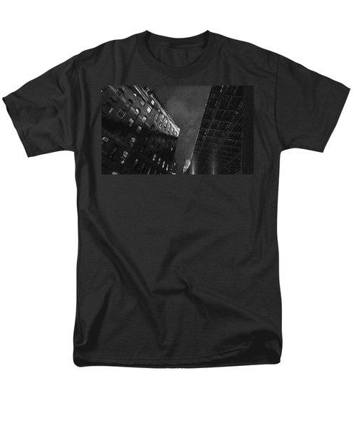 Manhattan Bridge Men's T-Shirt  (Regular Fit)