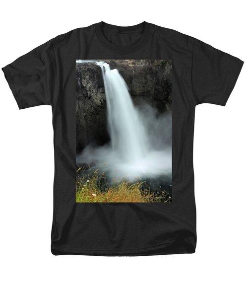 Snoqualmie Falls Men's T-Shirt  (Regular Fit) by Kristin Elmquist