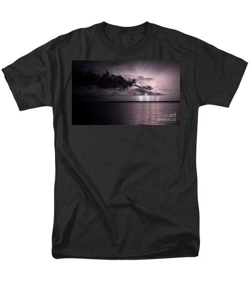 4 Bolts Over Captiva Island Men's T-Shirt  (Regular Fit)