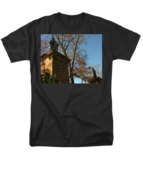 Men's T-Shirt  (Regular Fit) featuring the photograph William And Mary College by Jacqueline M Lewis