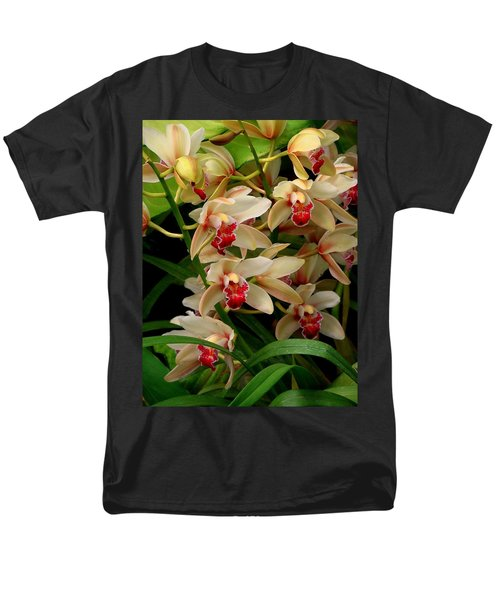 Men's T-Shirt  (Regular Fit) featuring the photograph A Gathering by Rodney Lee Williams