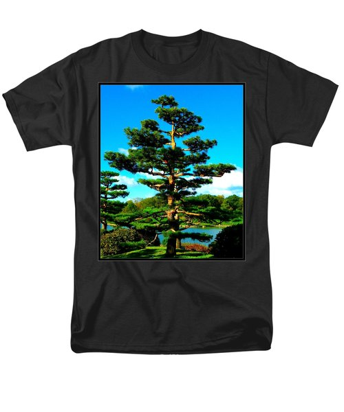 A Tree... Men's T-Shirt  (Regular Fit)