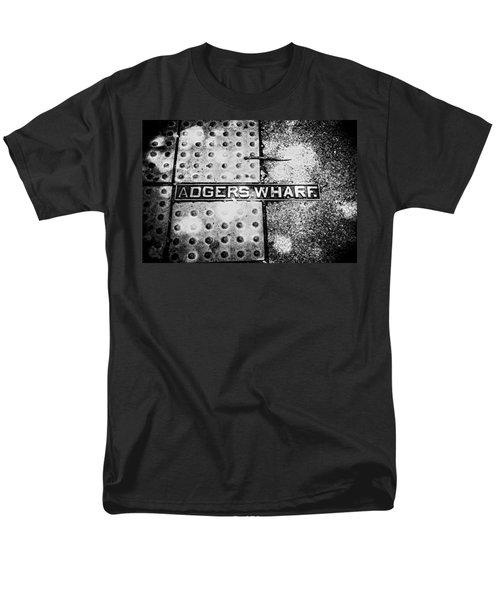 Men's T-Shirt  (Regular Fit) featuring the photograph Adgers Wharf by Sennie Pierson
