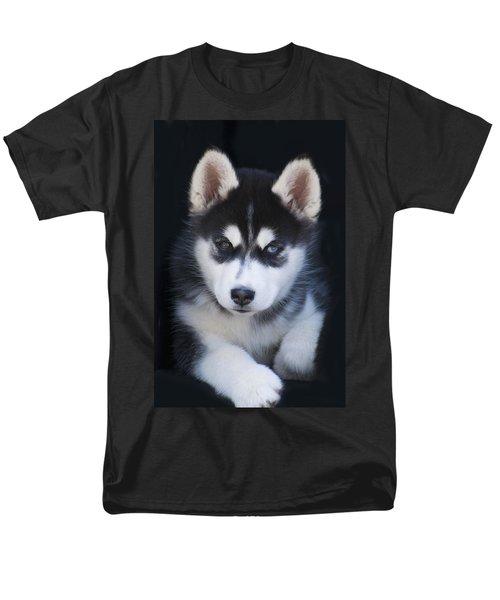 Adorable Siberian Husky Sled Dog Puppy Men's T-Shirt  (Regular Fit) by Kathy Clark