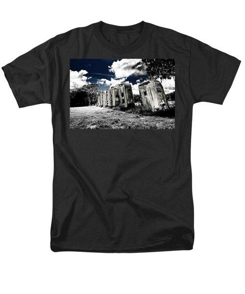 Airstream Ranch In Ir Hdr Men's T-Shirt  (Regular Fit)
