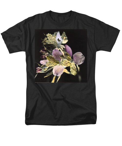 Men's T-Shirt  (Regular Fit) featuring the photograph Alstroemeria by Lana Enderle