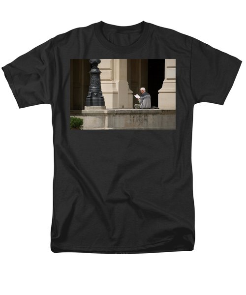 Alte Oper Men's T-Shirt  (Regular Fit)