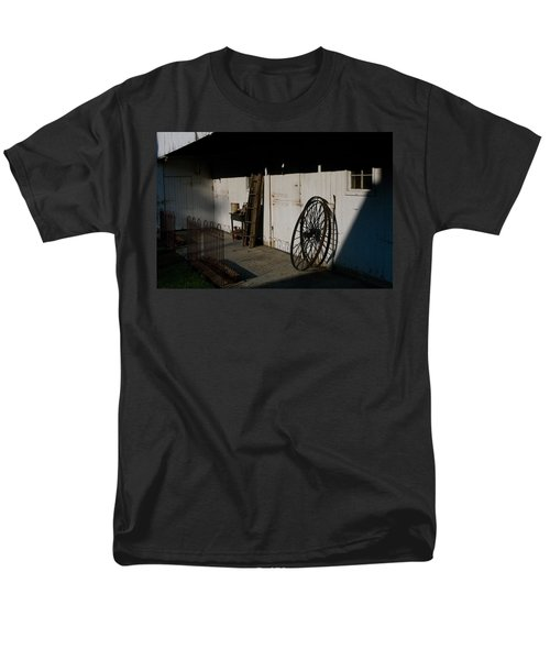 Amish Buggy Wheel Men's T-Shirt  (Regular Fit) by Greg Graham