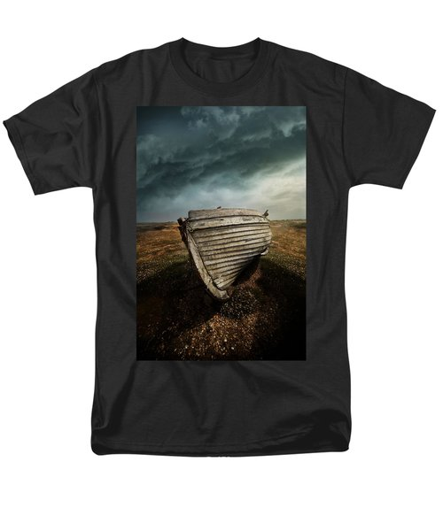 An Old Wreck On The Field. Dramatic Sky In The Background Men's T-Shirt  (Regular Fit)