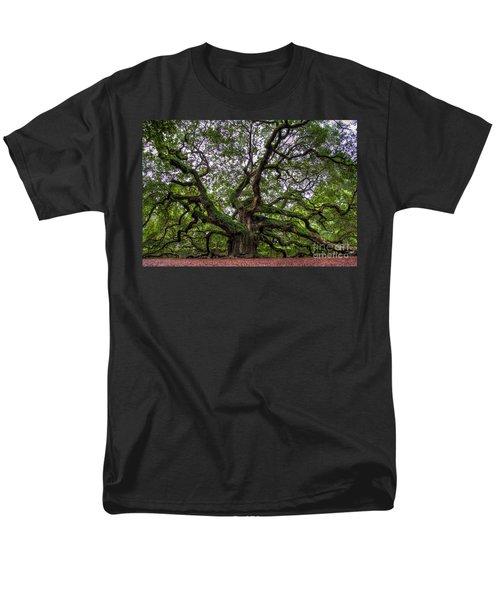 Angel Oak Tree Men's T-Shirt  (Regular Fit)