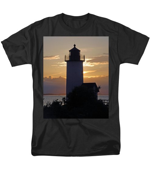 Annisquam Lighthouse Sunset Men's T-Shirt  (Regular Fit) by Richard Bryce and Family