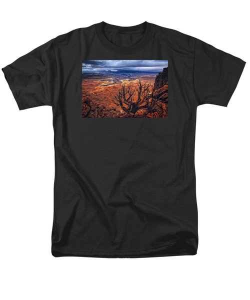 Men's T-Shirt  (Regular Fit) featuring the photograph Approaching Storm by Priscilla Burgers