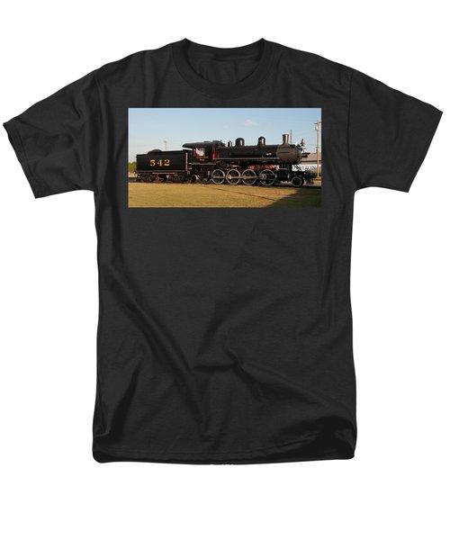 Atlantic And Western 2-8-0 #542 Spencer North Carolina Men's T-Shirt  (Regular Fit) by John Black