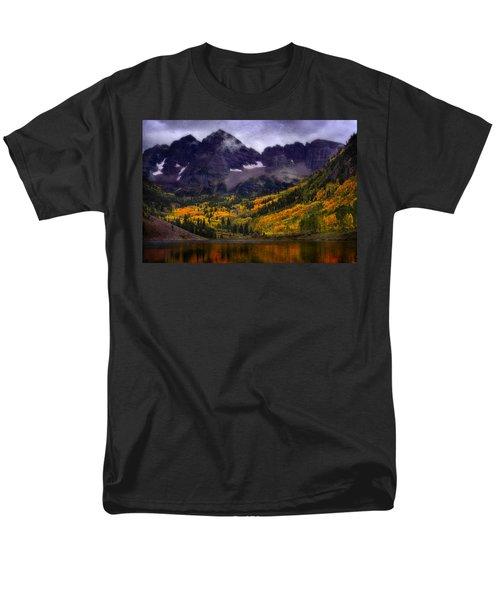 Men's T-Shirt  (Regular Fit) featuring the photograph Autumn At Maroon Bells by Ellen Heaverlo