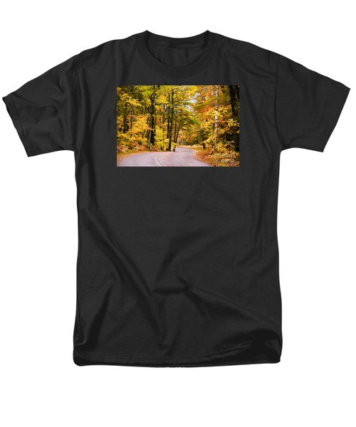 Autumn Colors - Colorful Fall Leaves Wisconsin - II Men's T-Shirt  (Regular Fit) by David Perry Lawrence
