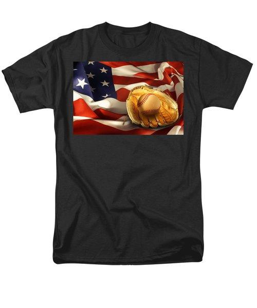 Baseball Men's T-Shirt  (Regular Fit) by Les Cunliffe