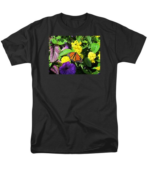 Men's T-Shirt  (Regular Fit) featuring the photograph Beauty All Around by Cynthia Guinn