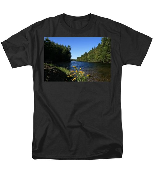 Men's T-Shirt  (Regular Fit) featuring the photograph Bigelow Hollow  by Neal Eslinger