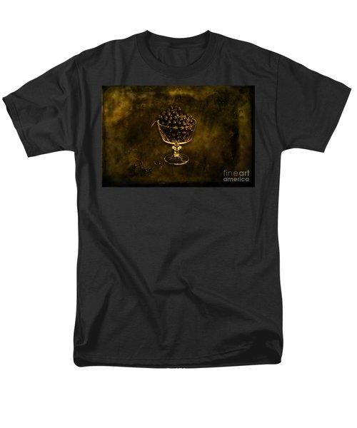 Blackcurrants Men's T-Shirt  (Regular Fit) by Randi Grace Nilsberg