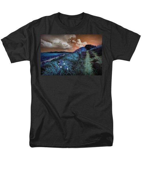 Bluegrass Men's T-Shirt  (Regular Fit) by Linda Unger