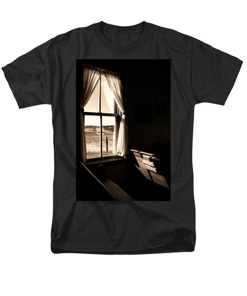 Men's T-Shirt  (Regular Fit) featuring the photograph Call To Worship by Jim Garrison