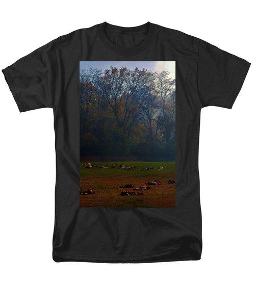 Can You Find The Survivor  Men's T-Shirt  (Regular Fit)
