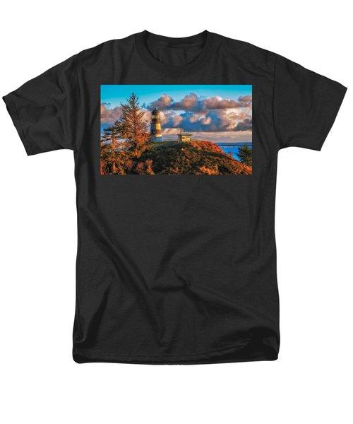 Cape Disappointment Light House Men's T-Shirt  (Regular Fit)