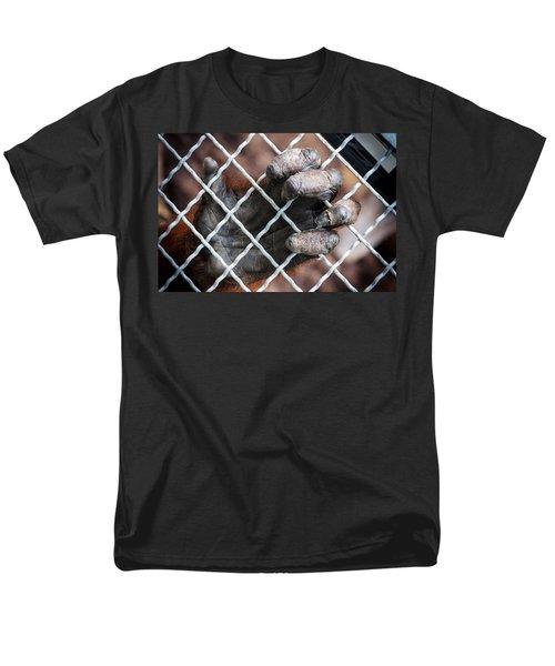 Men's T-Shirt  (Regular Fit) featuring the photograph Captive Heart by Sennie Pierson