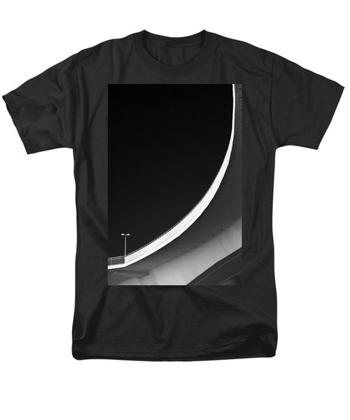 Causeway Arc Clearwater Florida Black And White Men's T-Shirt  (Regular Fit)