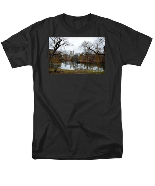 Central Park And San Remo Building In The Background Men's T-Shirt  (Regular Fit)