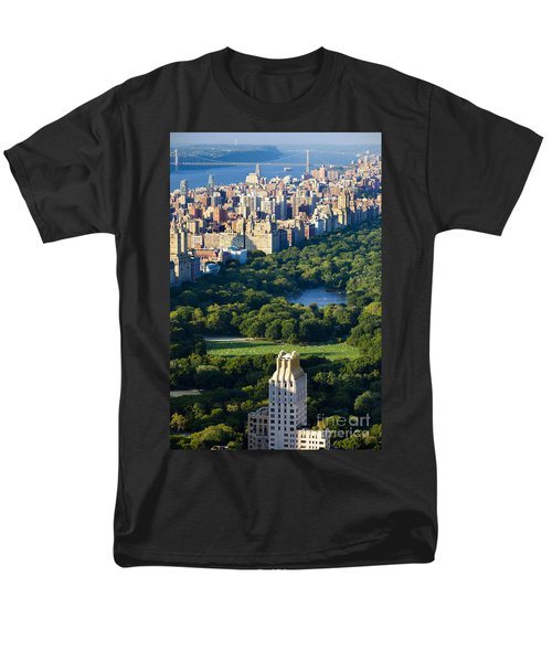 Central Park Men's T-Shirt  (Regular Fit) by Brian Jannsen