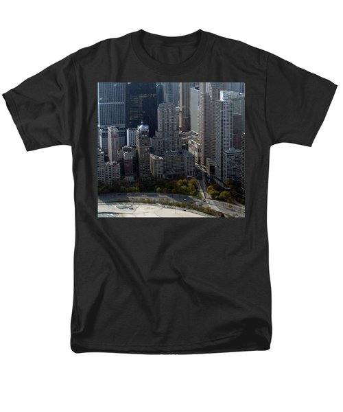 Chicago The Drake Men's T-Shirt  (Regular Fit) by Thomas Woolworth