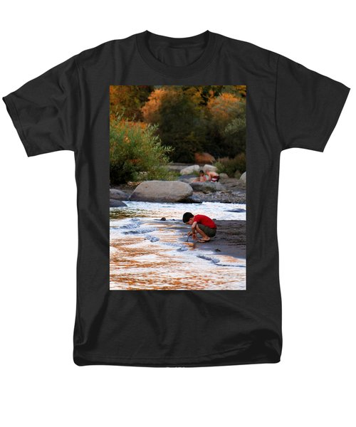 Men's T-Shirt  (Regular Fit) featuring the photograph Childs Play by Melanie Lankford Photography