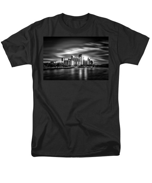 City Of Reflection In Monochrome Hdr Men's T-Shirt  (Regular Fit)