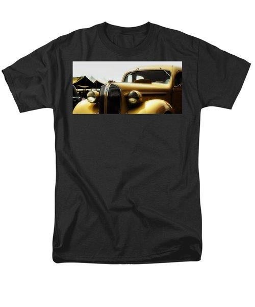Classic Plymouth Men's T-Shirt  (Regular Fit)