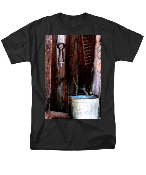 Men's T-Shirt  (Regular Fit) featuring the photograph Clippers And The Bucket by Lesa Fine