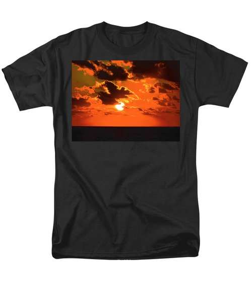 Men's T-Shirt  (Regular Fit) featuring the photograph Coco Cay Sunset by Jennifer Wheatley Wolf